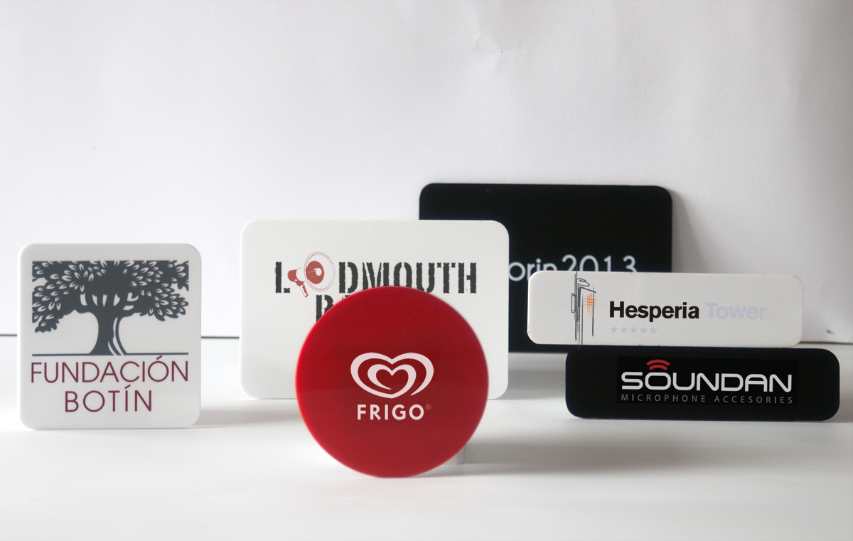 Corporate Plates + Printing Logo (1 Unit)